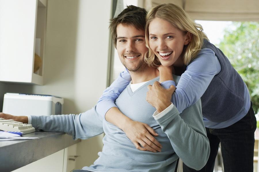 איך זוג שאין לו כסף לקנות דירה הופך לבעל הון ונכסים מניבים, שמוציאים אותו לחופש כלכלי